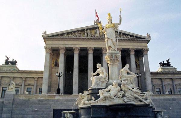 Классицизм в архитектуре Европы