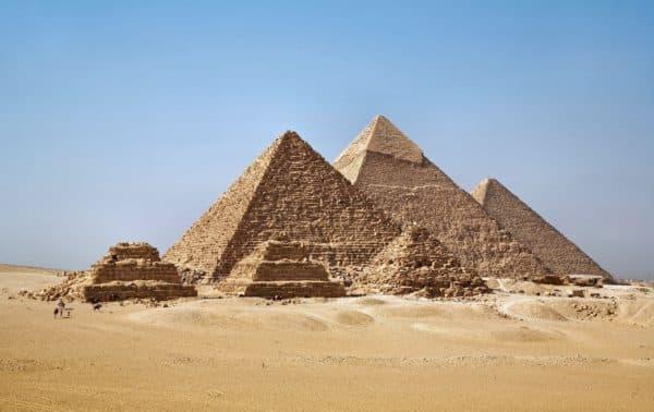 древнеегипетские пирамиды