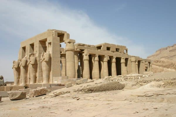 памятники архитектуры Египта: Месопотамия