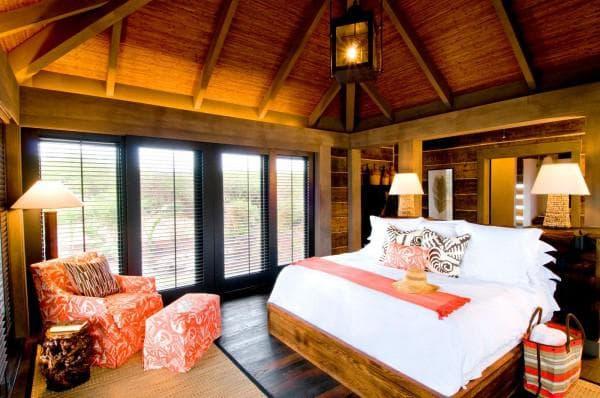 кровать в стиле бунгало