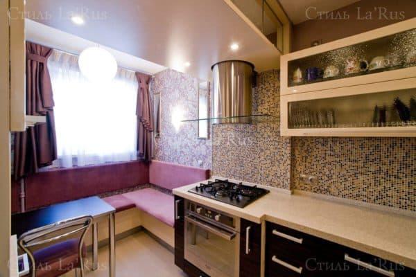 совмещение маленькой кухни и балкона в хрущевке