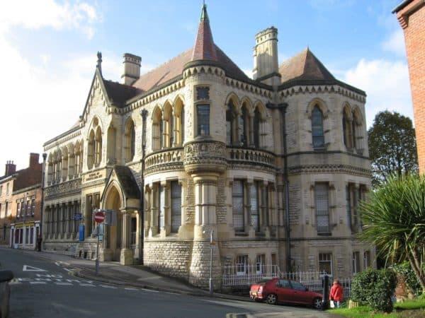 Викторианский стиль в архитектуре
