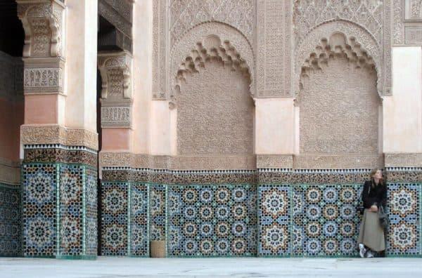 отделка мозаичной плиткой в марокканском стиле