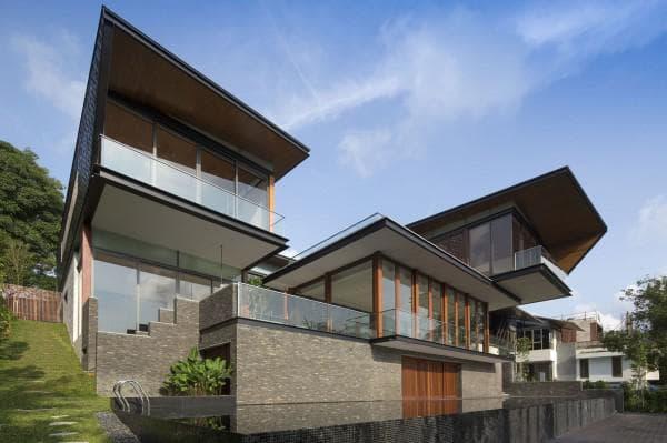 двухэтажная вилла в стиле буднгало