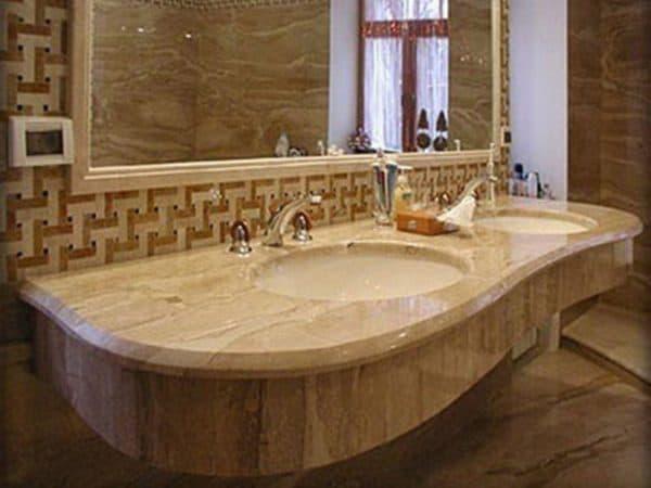 мрамор в интерьере ванной комнаты