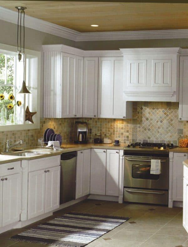 дизайн длинной узкой кухни фото