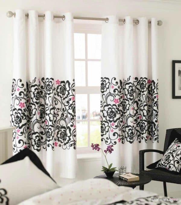 оформление окон шторами в гостиной фото