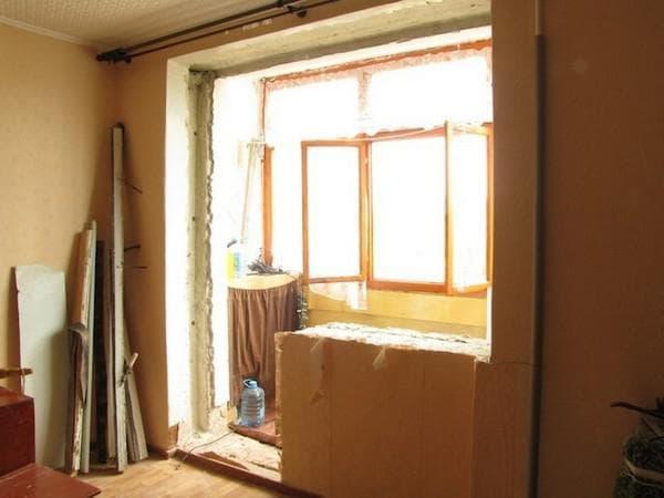 spalni-s-balkonom-ili-lodjiei-9