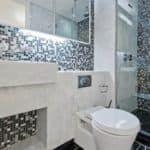 зеркальная мозаика на кухне, в туалете, в спальне